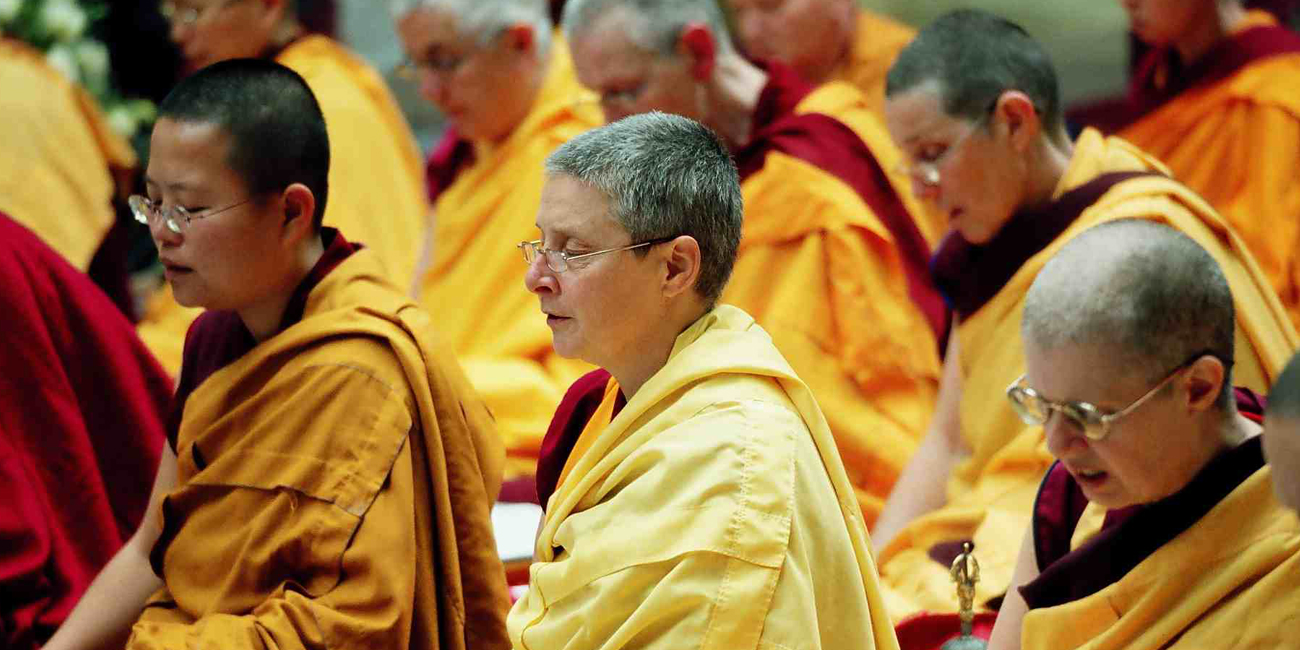 monastere-dorje-pamo-lavaur-france-moniales-bouddha-mahamoudra