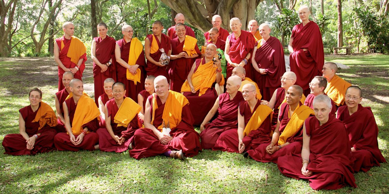 monastere-dorje-pamo-lavaur-france-moniales-lama-zopa-sangha